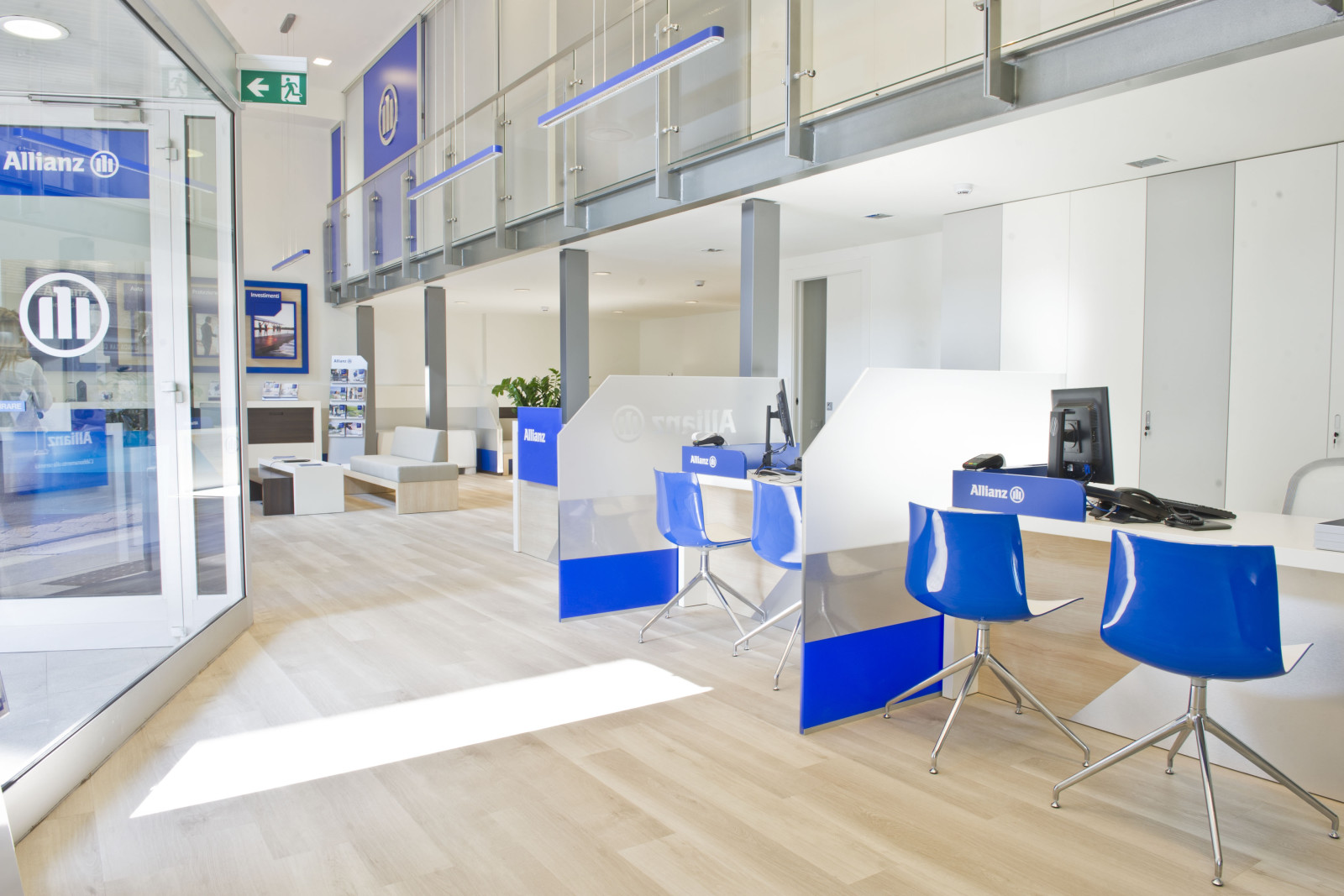 Allianz new agency model by dinn for Travel agency office interior design ideas